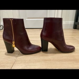 Michael Kors Margaret size 7 leather bootie